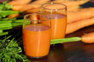 carrot-juice-1623079_1280